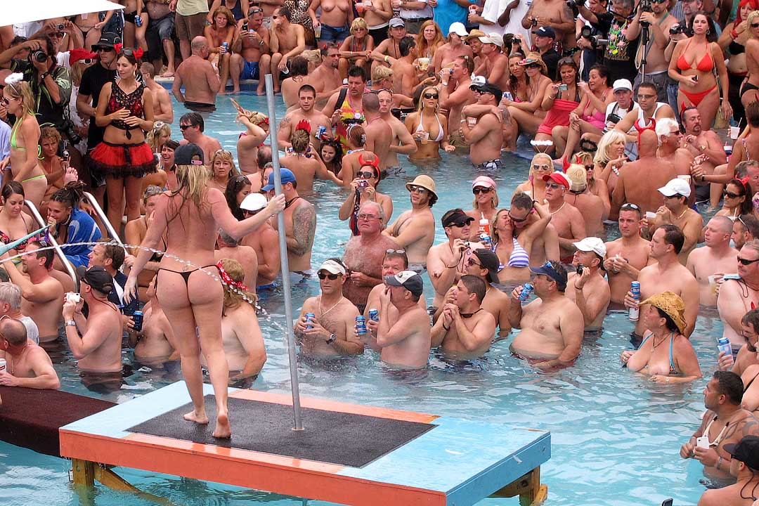 Fantasy fest sex pool party